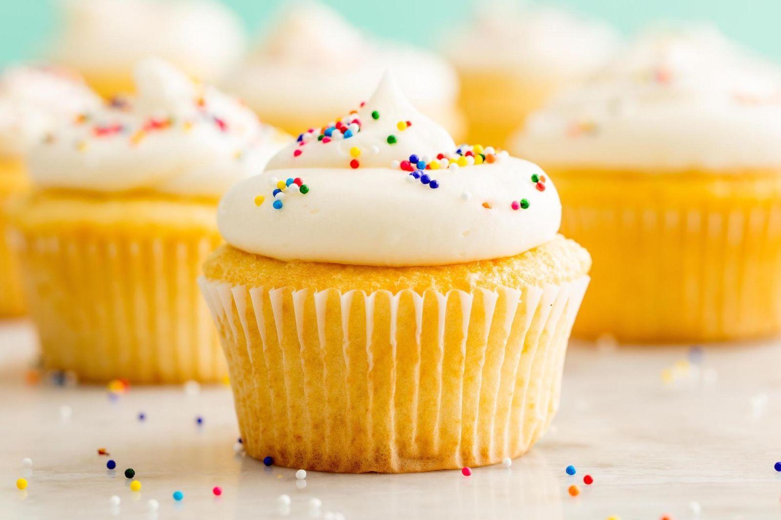 Perfect Vanilla Cupcakes Recipe Homemade Vanilla Cupcakes