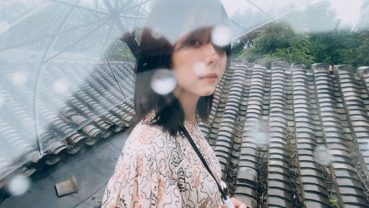 Tan Song Yun shares new photoshoot