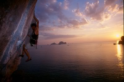 I rather be: Climbing over Railay Beach.