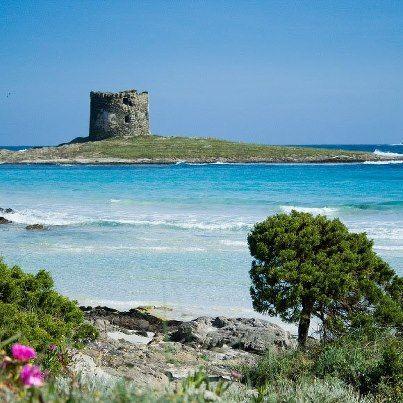 A dream beach wedding in Sardinia!