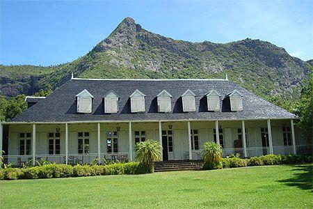 La maison coloniale eur ka le maurice rodrigues colonial maisons colon - Plan de maison coloniale ...