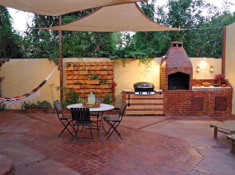 Grillplatz aus Klinkersteinen im Garten selber bauen - Anleitung