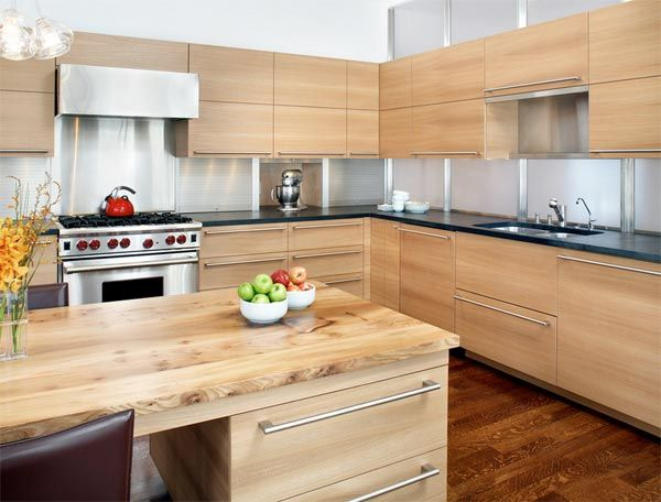 10 Inspiring Kitchens With Blond Wood Contemporary Kitchen Contemporary Kitchen Cabinets Modern Kitchen Cabinets