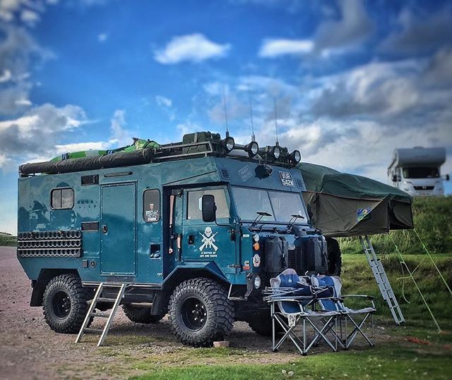 It doesn't get cooler than this.  Repost @lostworldluis ・・・ A lot of my friends would appreciate this Land Rover Forward Control pulling a trailer with a RTT #landrover101 #landroverforwrdcontrol #landrover #overlandia