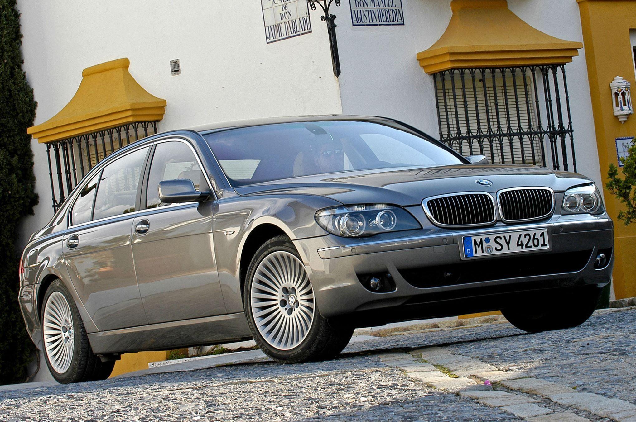 Top 14 Status Symbol Cars At Bargain Prices Bmw Cars Benz