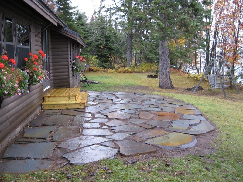 Stone patios flagstone patio caribou cabin service for Small stone patio ideas