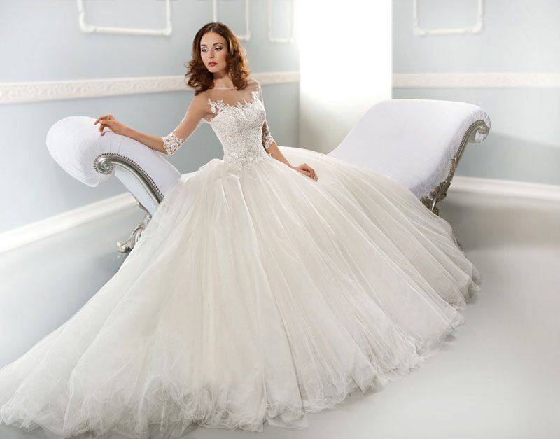Wedding Gown designer Jimmy Demetrios chats with Wedding dress