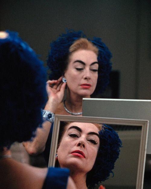 scala-regia-magazine: Joan Crawford. Eve Arnold, 1959.