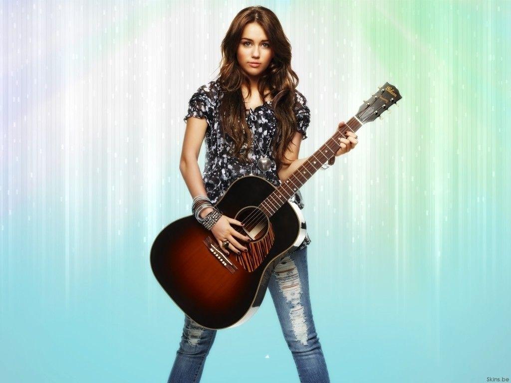 Old School Miley Cyrus Desktop Wallpaper