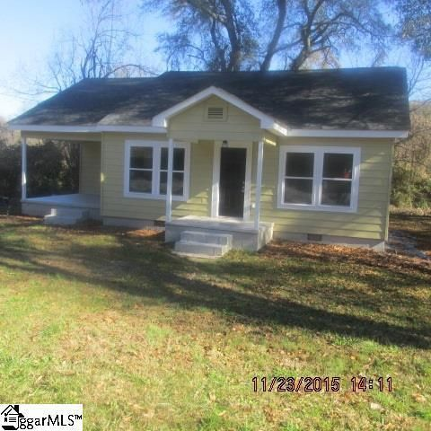 516 Pumpkintown Hwy Pickens Sc 29671 Home For Sale And Real Estate Listing Little Dream Home Little Houses Building A House