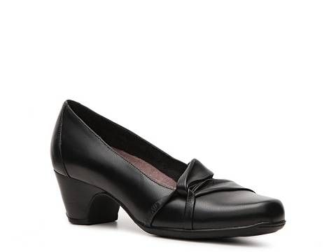 0801bf68b  60 - Clarks Sugar Plum Pump
