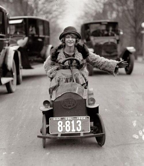 She Rides (via La boite verte)