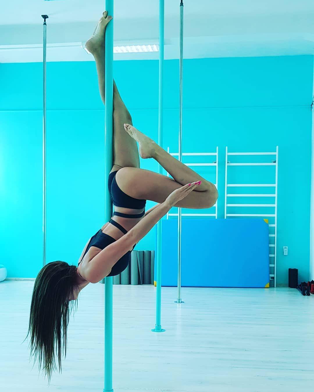 Poledancer Poledance Pd Poledancemotivation Fit Polelove Body Active Strong Drazek Rura Instapole Photo Pole Dance Moves Pole Dancing Pole Fitness