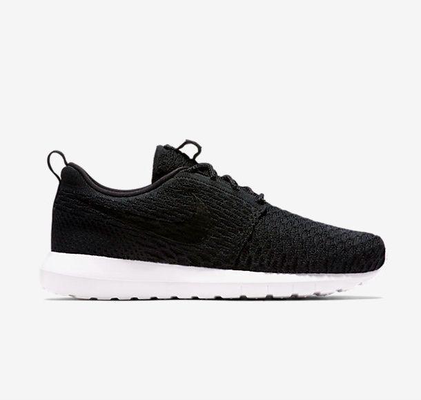 NIB Men's Nike Roshe NM Flyknit Running Shoe 677243 011 Black/Black-White