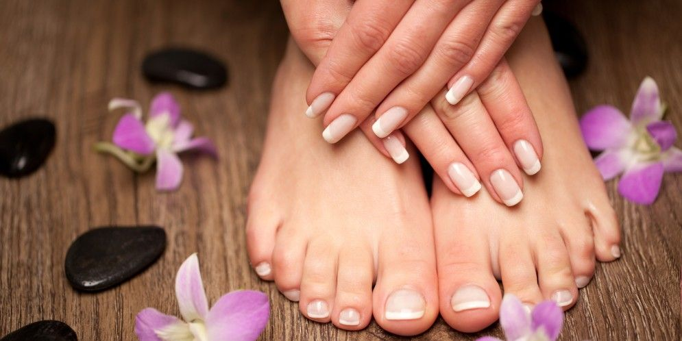 How to Match the Color of Your Manicure with the Color of Your Pedicure