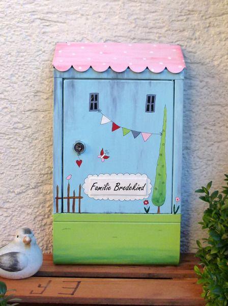 briefkasten landhaus hellblau von kirschenrot auf. Black Bedroom Furniture Sets. Home Design Ideas