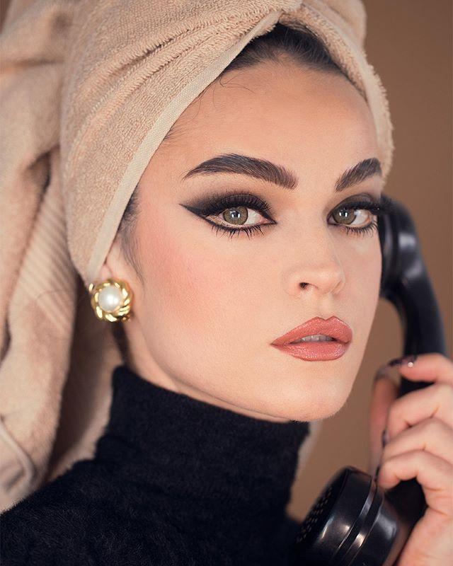 Pin By Cilene Alba Fashion Beauty On Maquiagem Vintage Makeup Looks Vintage Makeup Retro Makeup