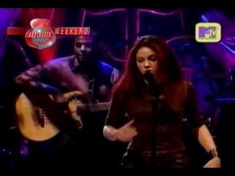 Shakira 191 D 243 Nde Est 225 N Los Ladrones Music Music Concert