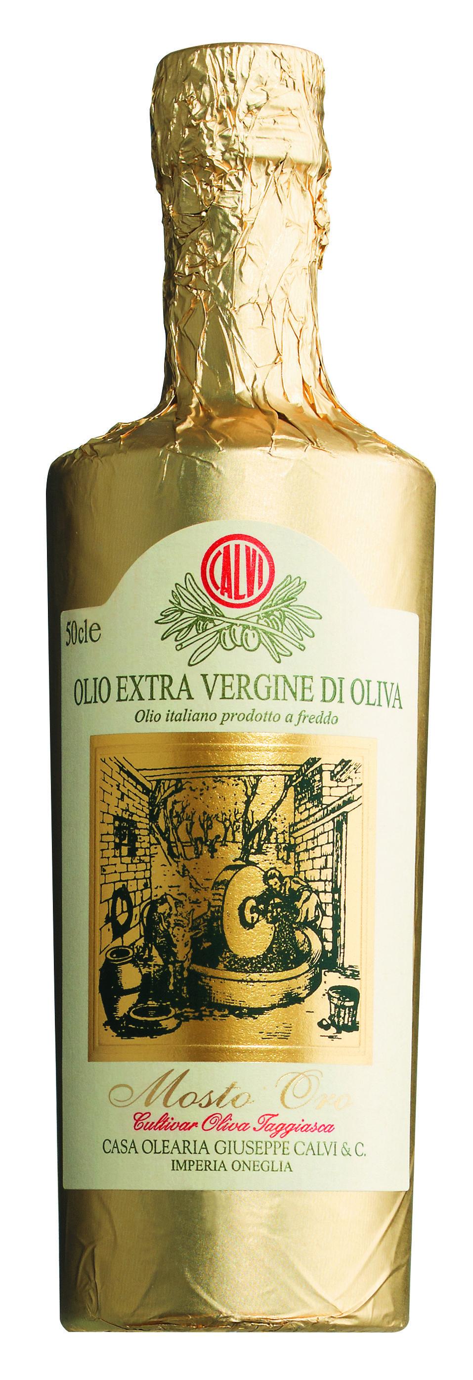 Das Vorzeigeöl aus Ligurien, Italien von Calvi ist das Mosto Oro, ein sortenreines natives Olivenöl extra aus spät geernteten Taggiasca – Oliven, alles andere als ein gewöhnliches Speiseöl.