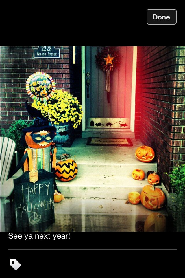 Halloween porch by Urbanity Interiors Celebrate good times
