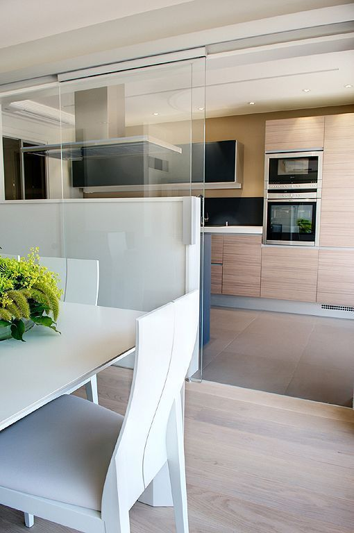 Cocina separar ambientes puertas correderas jardineria jardines piscinas pinterest puertas - Puerta cristal cocina ...