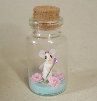 Fairy mouse in bottle - cold porcelain (La Bottega delle Fate)