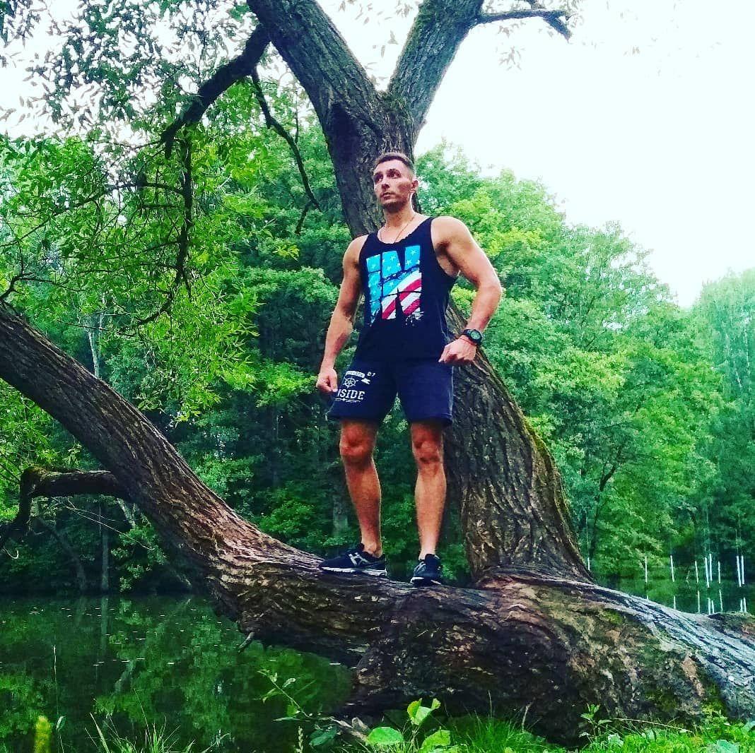 Единение с природой - одно из моих любимых времяпровождений... #abs #bodybuilding #cardio #crossbar...