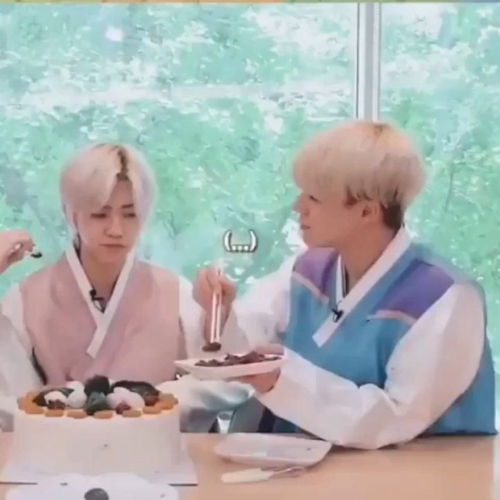 Jeno is still a silly lovely kid Pray for Jaemin Pt.1 @nct_dream @nct - - - - - #nct#nctdream#nana#n...