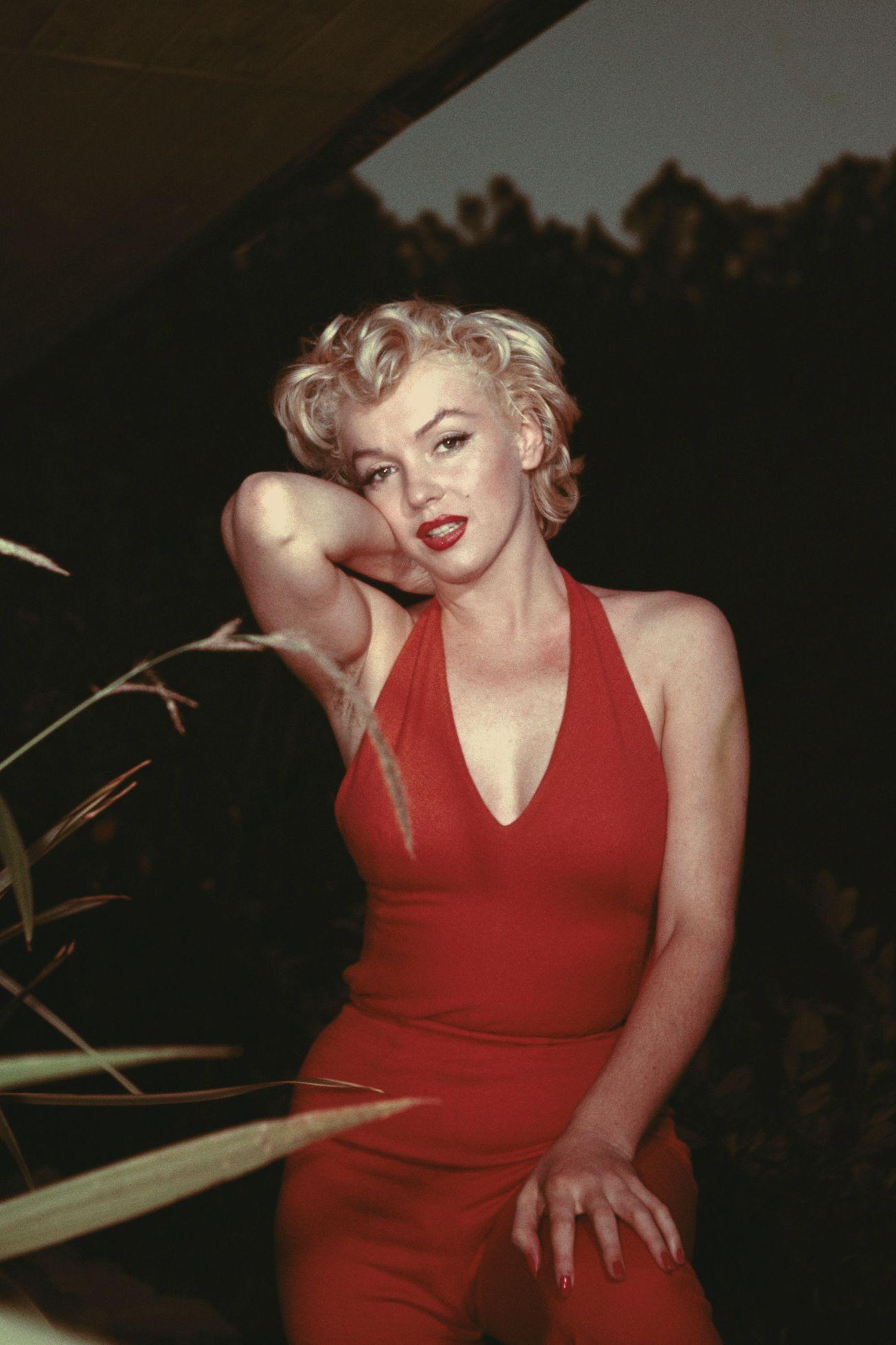 43 Most Glamorous Photos of Marilyn Monroe #hollywoodstars