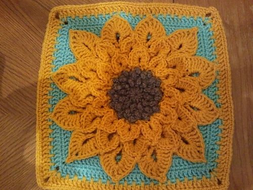 Ravelry: Project Gallery for The Crocodile Flower pattern by Joyce ...