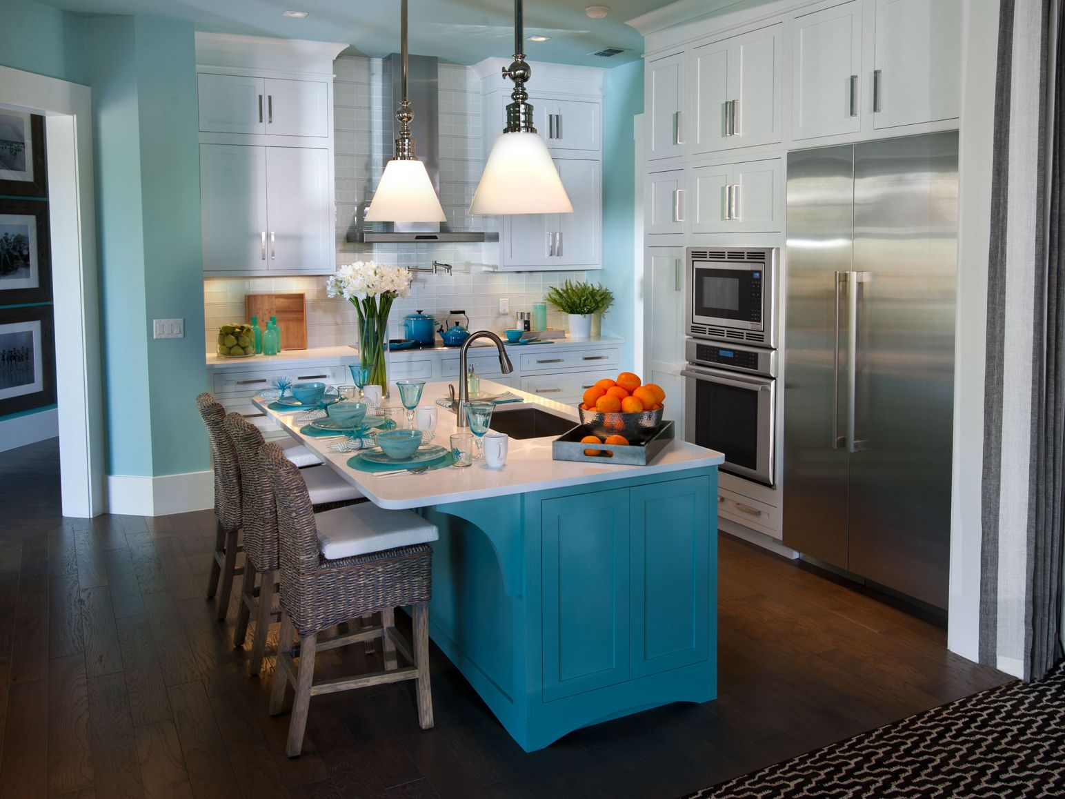 100+ Two tone Kitchen Wall Colors - Backsplash Ideas for Small ...