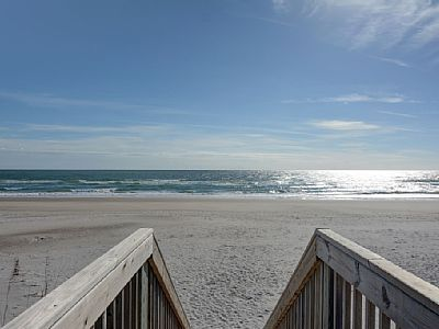 Vrbo Com 796854 Sanderling Cottage 3 Br 2 Ba Oceanfront In Topsail Beach Sleeps 6 With Images Topsail Beach Oceanfront Beach
