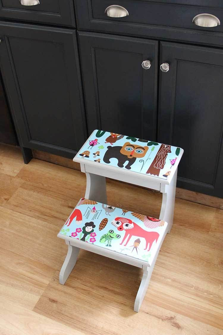 Marvelous Decoupage A Foot Stool Fun Projects Stool Stool Machost Co Dining Chair Design Ideas Machostcouk