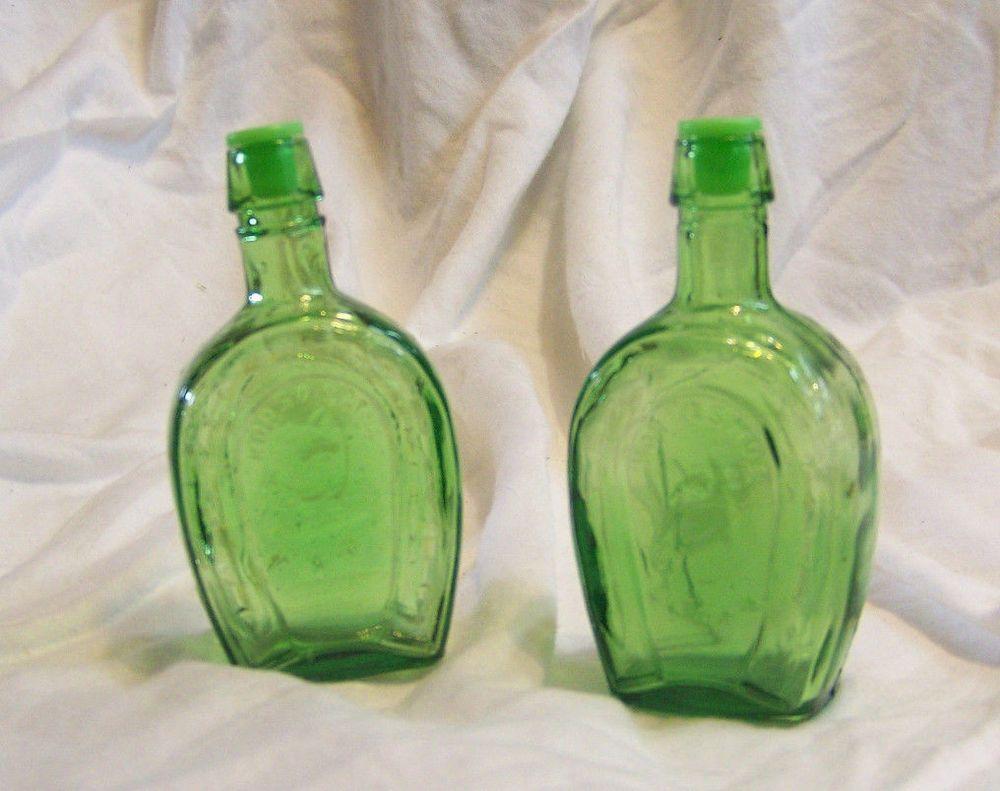 Vintage Retro Green Glass Horseshoe Salt & Pepper Shakers Horse Head Running Dog