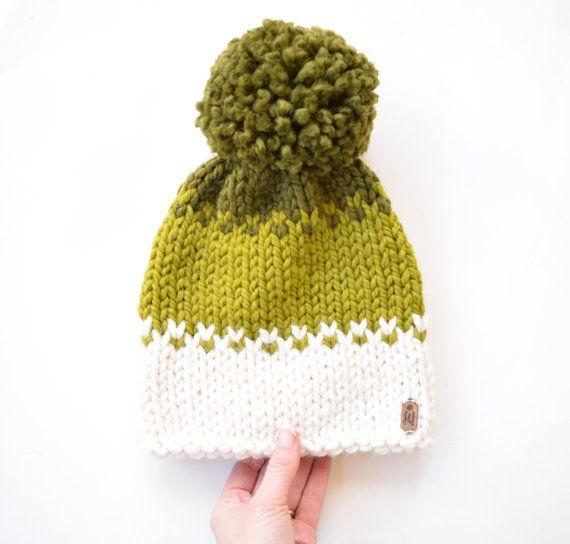 Ähnliche Artikel wie Ombré gestrickter Hut mit Pom Pom, Fair-Isle-Strickmütze Strickmütze mit Pom Pom, Mütze, Hut fallen, fallen Mode || Die Herbst-Ombré auf Etsy
