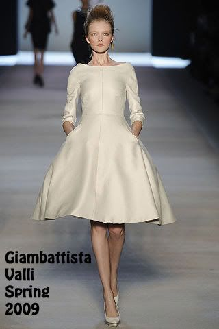 Who Wore Giambattista Valli Better? Diane Kruger or Marisa Tomei ...