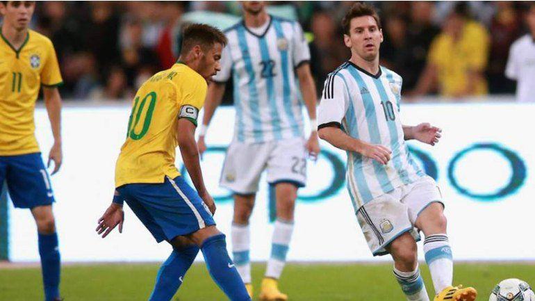 Messi y Neymar: Amigos en el Barça, a cara de perro en Brasil-Argentina