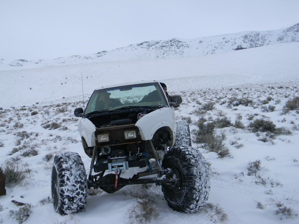 truck in  Deep Snow | Deep Snow Wheeling - Page 4 - Pirate4x4.Com : 4x4 and Off-Road Forum