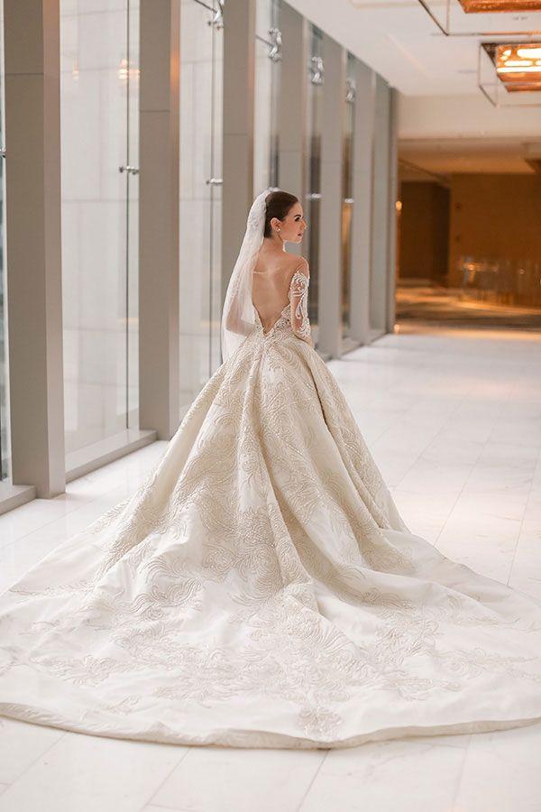 An Enchanting Elegance | Weddings (Dresses) | Pinterest | Gown ...