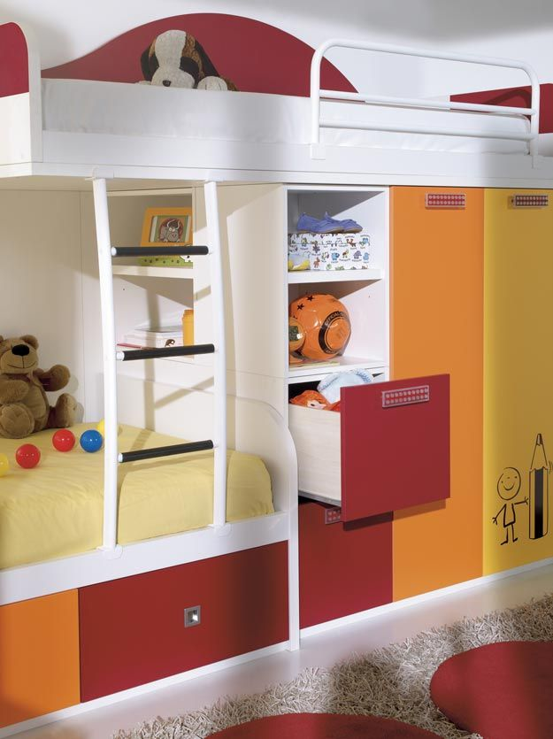 Kids bedroom full of color by muebles hermida for Hermida muebles