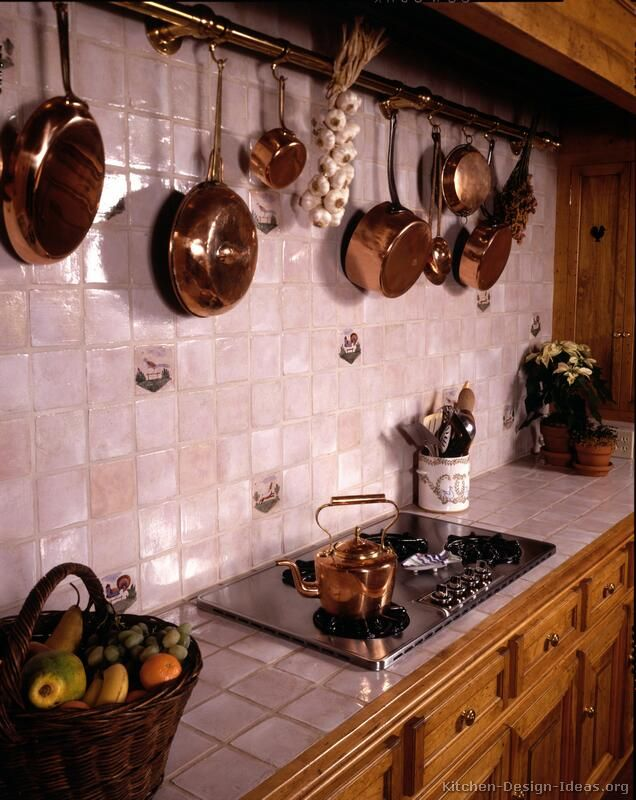 Countertop  tips for French Country Kitchen decorating