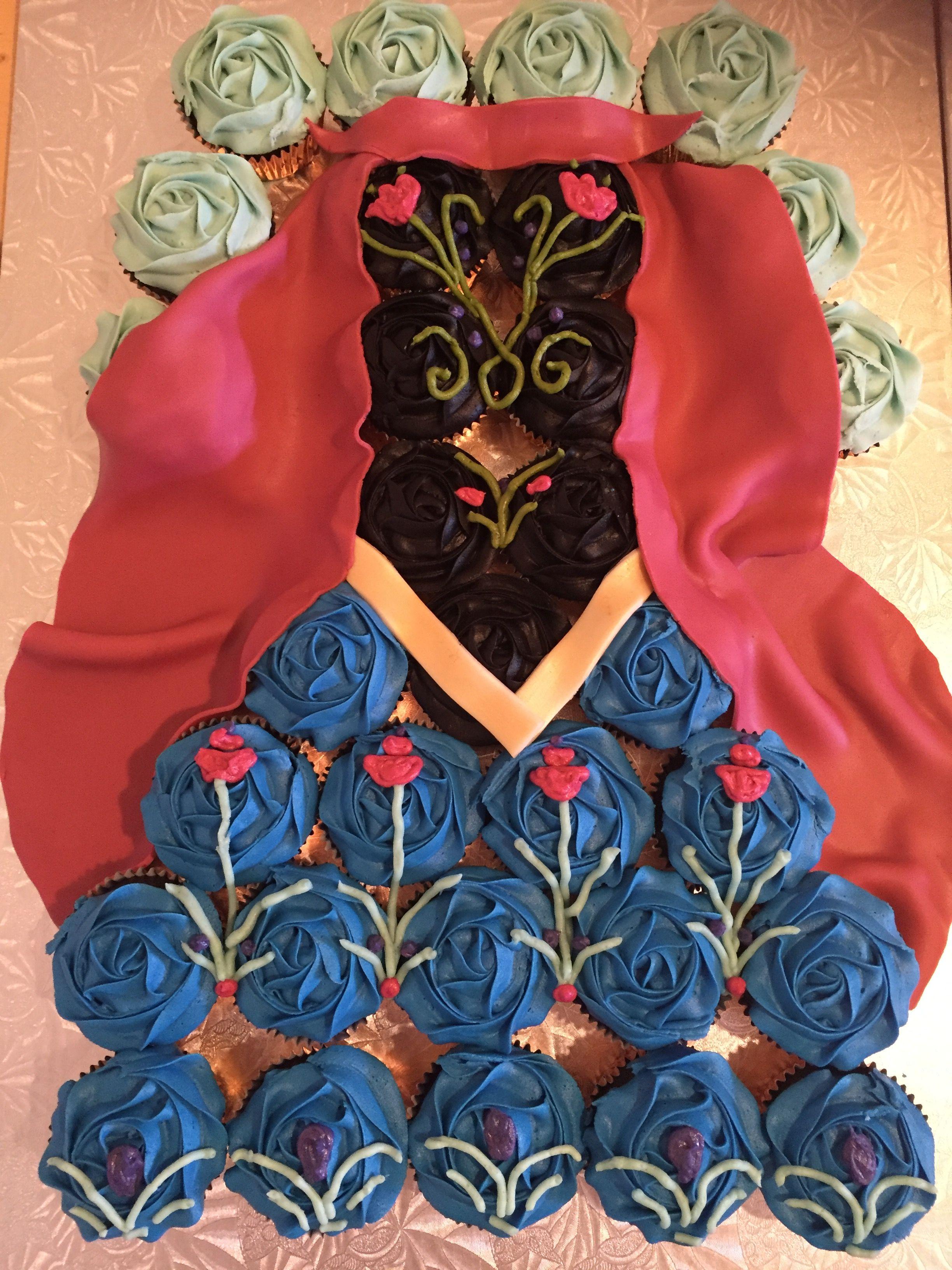 Princess Anna Cupcake Dress Cake #frozencupcakecake #frozen #anna #princessanna #cupcake #cake #dress