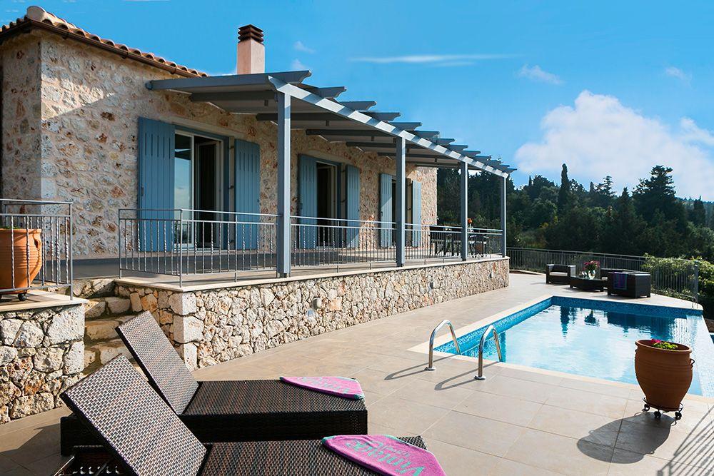 Aelia Villa In Kefalonia Greece Sleeps 4 Maganos Fiscardo Villa Villa With Private Pool Holiday Villa