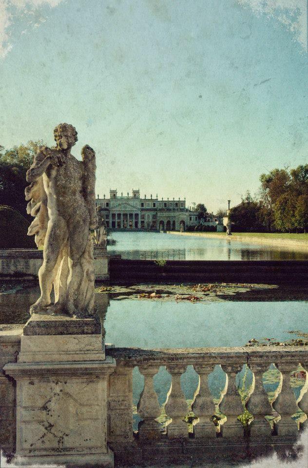 142 Statua Nel Giardino Villa Pisani Stra Venezia Veneto