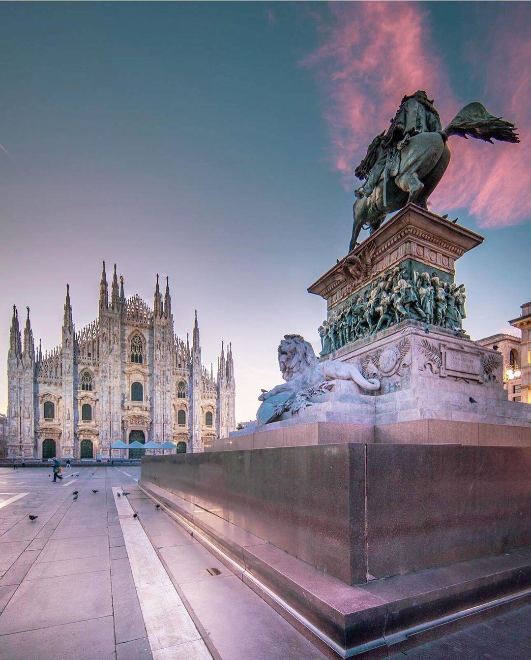 "Dr Hamad Al-Barjas on Instagram: ""Forza Milano 🇮🇹 . . . . #ig_italia #bestcitybreaks #hello_worldpics #milanocityitalia #ilikeitaly #yallersitalia #duomomilano #culturetrip…"""