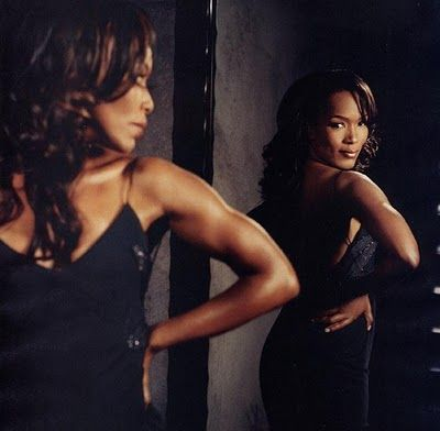 The inimitable Angela Basset. Those ARMS.  (Also, I think it's ridiculous that neither she nor Emma Thompson won the Oscar in 94)