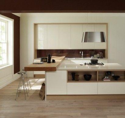 küchenrückwand-glas-braun-kücheninsel-farbkontrast Konyha - lackiertes glas küchenrückwand