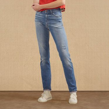 The Levi 39 S Vintage Clothing 606 Customized Jean Is Styled Long And Lean For An Active Modern Look Th Vintage Outfits Levis Vintage Clothing Women Jeans