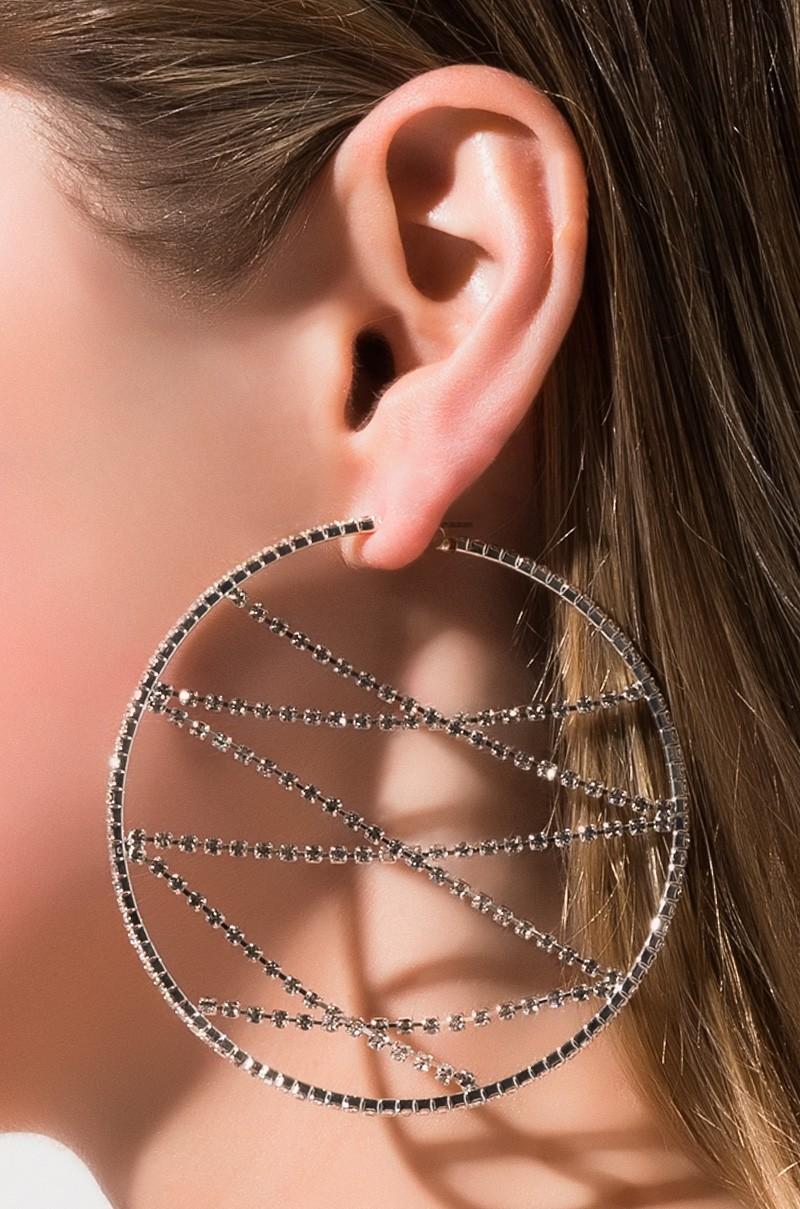 Pin By Jhanvi Thakkar On Bejeweled Blitz In 2021 Earring Trends Earrings Girly Jewelry
