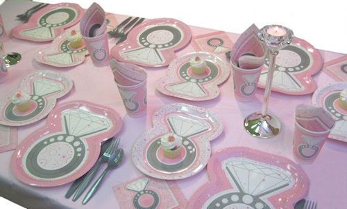 perfect tableware for a ring themed bridal shower